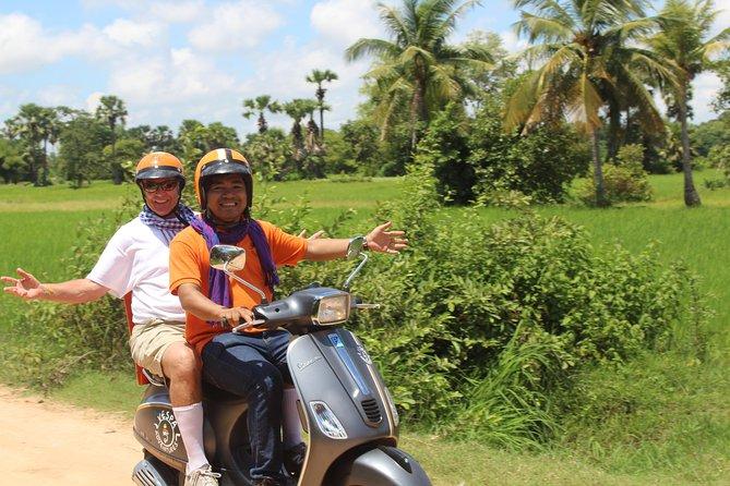 Original Vespa Adventures: Guided Countryside Life Tour