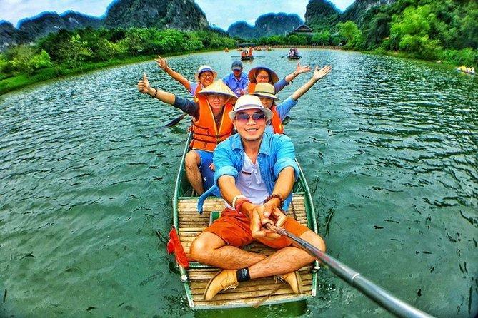 Tour Ninh Binh: Bai Dinh - Trang An with buffet 1 day from Ha noi city