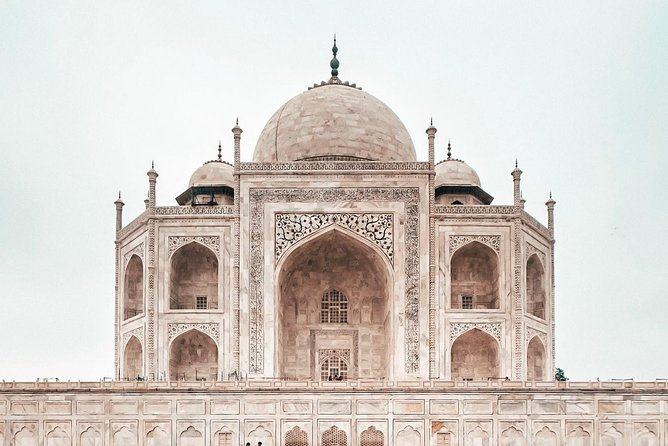 Private Taj Mahal & Agra Fort Tour From Jaipur By Car With Optional Tickets