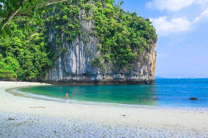 James Bond & Hong Island (Krabi) Snorkeling & Canoeing Trip w/Lunch by Speedboat