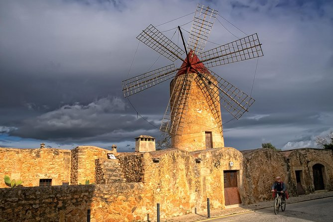 Self-drive guided tour: Mallorca charming villages, secret legends and windmills photo 8