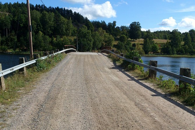 Cycling through the Stockholm countryside photo 3