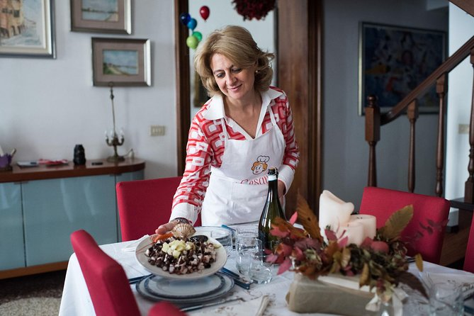 Small Group Market tour and Dining at a Cesarina's home in Bassano del Grappa