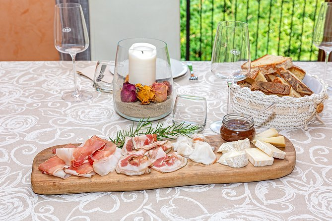 Small Group Market tour and Dining Experience at a Cesarina's home in Belluno