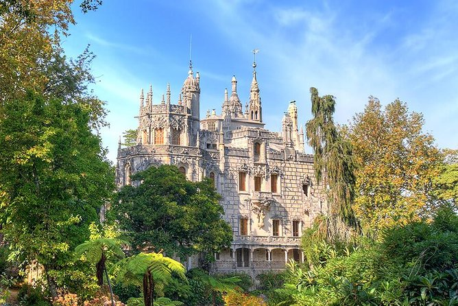 Half Daytrip to Quinta da Regaleira & Hell´s Mouth, from Lisbon