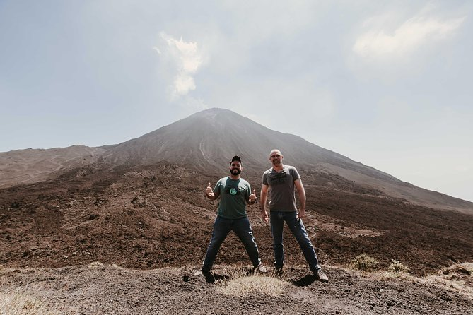 Climb Active Pacaya Volcano + Lunch - Collective Tour