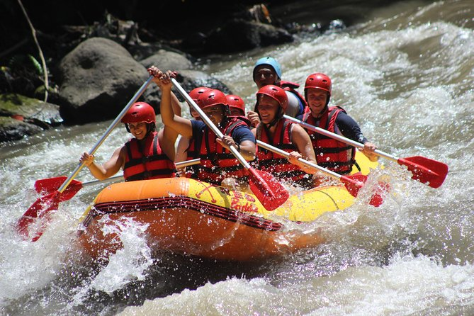 Ubud White Water Rafting Tour in plus Lunch, Equipment, Transport