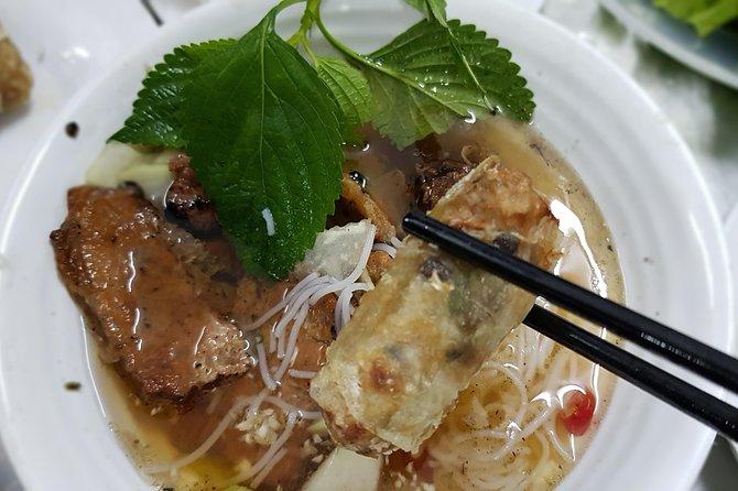 Street Food Tour with Hanoian Snacks