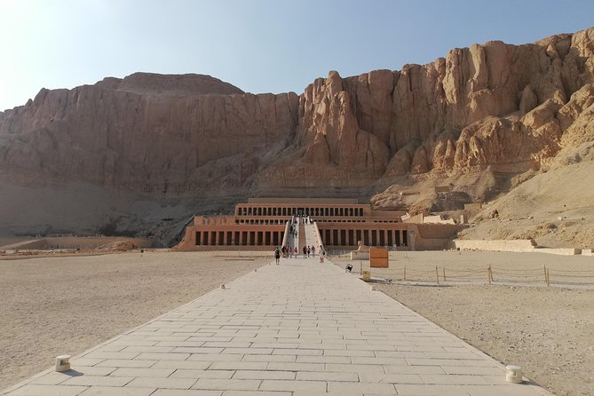 Private full day guided tour to east & west bank of Luxor