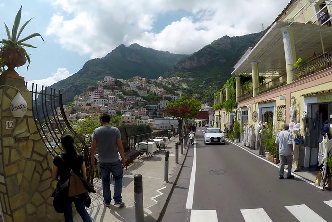 PrivateTransfer NAPLES to POSITANO or vv (with Stop option in Pompeii ) photo 4