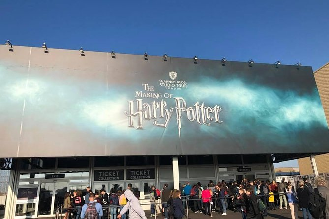 Private One Way or Return Transfer - London to Harry Potter Warner Bro Studios