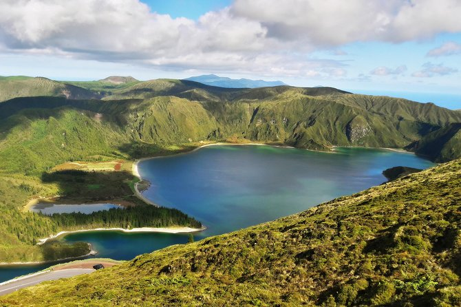 Half Day Lagoa do Fogo & Thermal