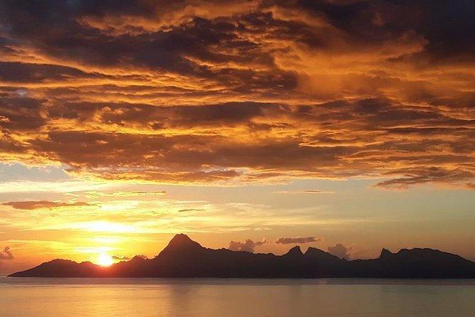 Tahiti Sunset Cruise