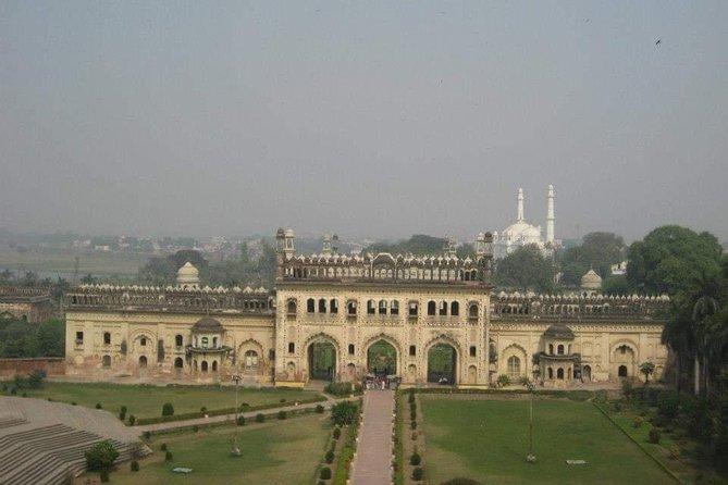 City Tour Privado de Meio Dia em Lucknow com Guia e Entradas