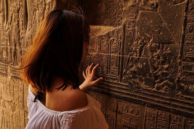 Temple of Medinat Habu and Ramesseum Tour in Luxor