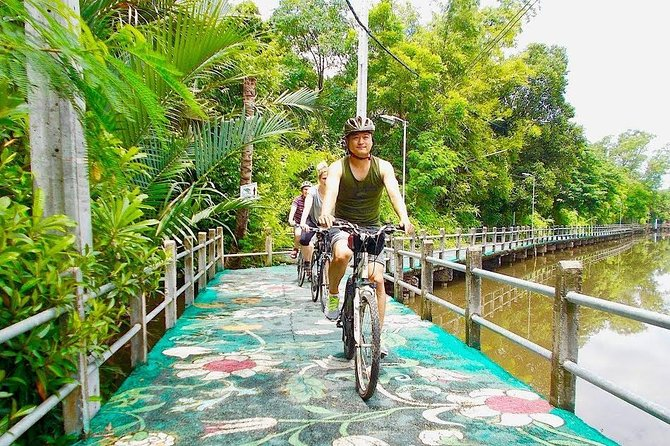 Lost in Bangkok : Green Lung Jungle Bicycle Ride with Lunch