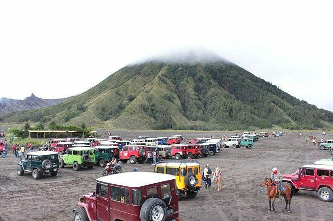 Mount Bromo Jeep Car Rental departs from CEMORO LAWANG