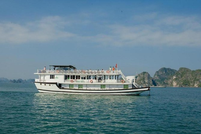 Lemon Cruise- Bai Tu Long Bay 2 Days 1 Night - 3 Star Cruise