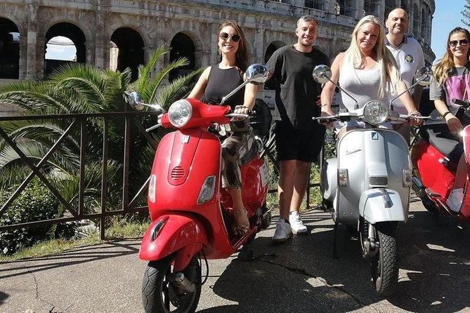 Vespa Tour: Dolce Vita (2 hours)