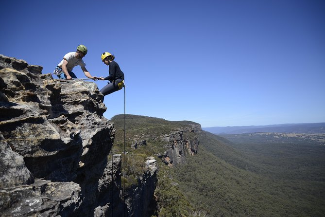 Half-Day Abseiling Adventure in Blue Mountains National Park