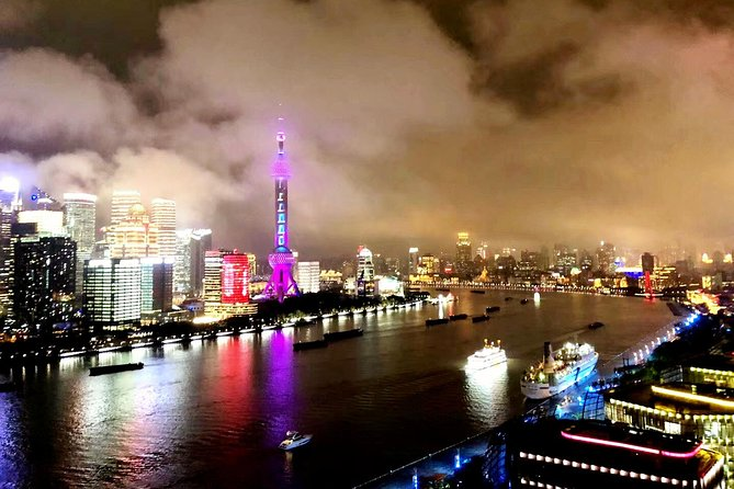 Shanghai Night Tour to Huangpu River with Dingtaifeng or Buffet at Cruiseship