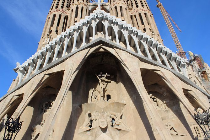Sagrada Familia Basilica Tour