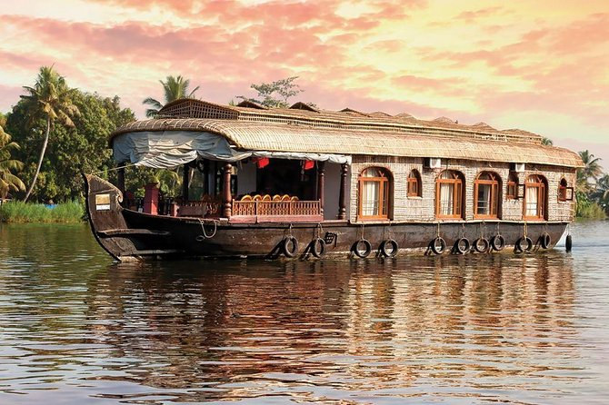 5n / 6d - Kerala Honeymoon Tour