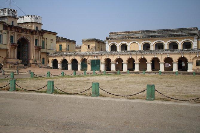 Unexplored Hidden Gems of Varanasi (Guided Halfday Sightseeing Tour by Car)