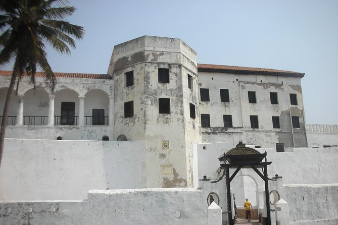 Elmina Guided Day Tour