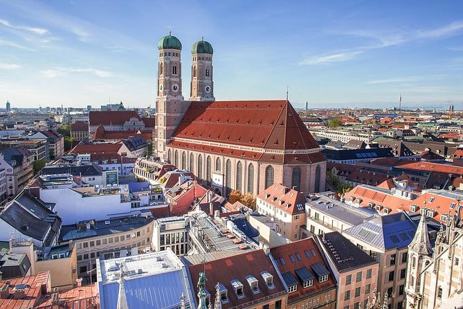 Private 4-hour city tour of Munich with driver/guide with Hotel pick up
