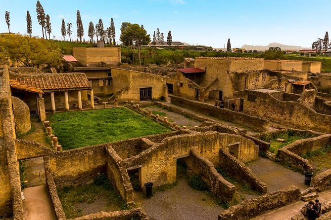Tours Pompeii - Herculaneum from Rome
