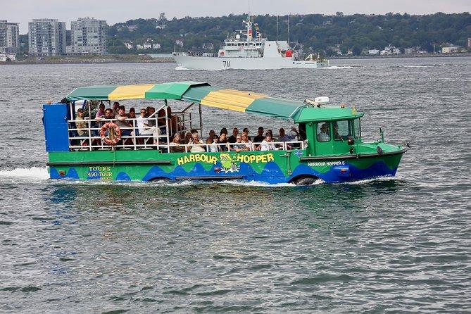 Hopper-tour door Halifax Harbour