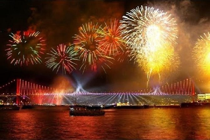Istanbul New Year Cruise Party And Dinner 2021