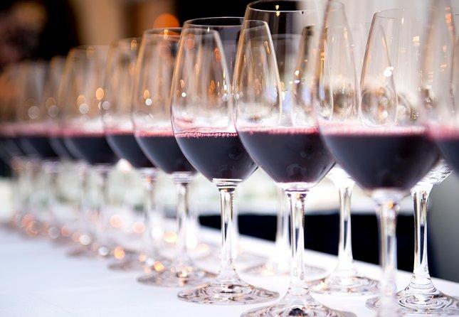 PRIVATE TOUR ÉVORA MONSARAZ and ESPORÃO WINE (Tasting of 3 wines)