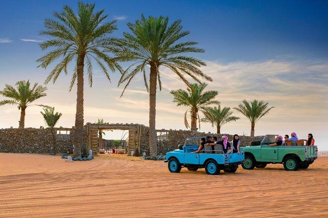 Overnight Desert Safari - Vintage Land Rovers & Traditional Activities