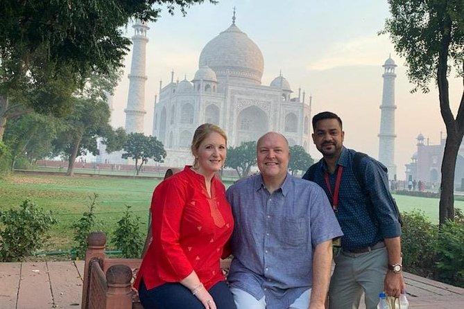 Private Tour: Full-Day Taj Mahal Sunrise Tour from Delhi