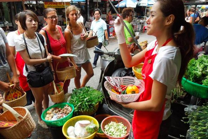 Traditional Thai Cooking Class with Market photo 11