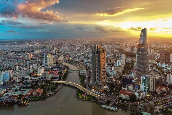 Hochiminh city & Cuchi tunnel 1 day tour