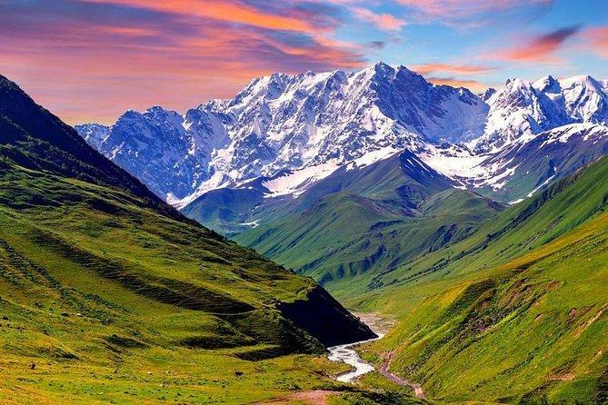 Ananuri - Gudauri - Kazbegi Day Tour for 6 person