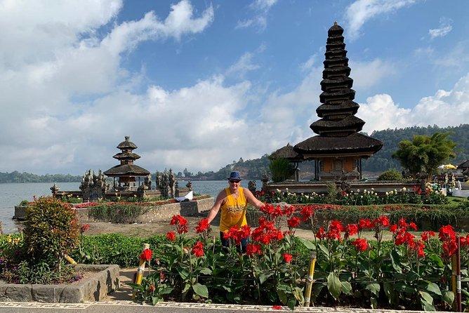 Ulundanu Beratan, Tanah Lot & Uluwatu Temple Tour