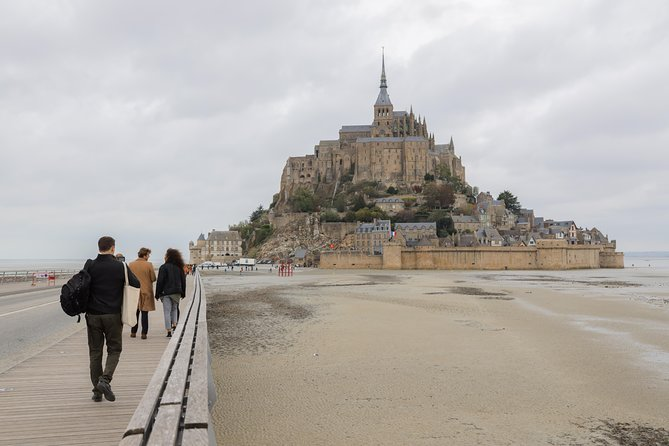 3-Day Mt Saint-Michel & Loire Valley Castles with Optional Pick up photo 2