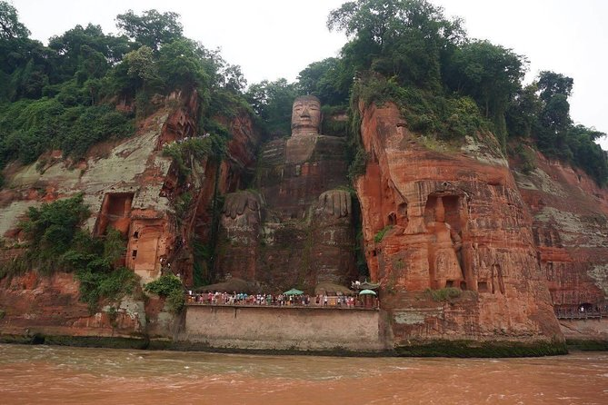 Private car/van/coach service to Leshan Giant Buddha no guide photo 8