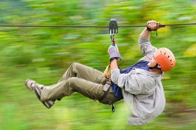 Ziplining Canopy + rappel + malekus