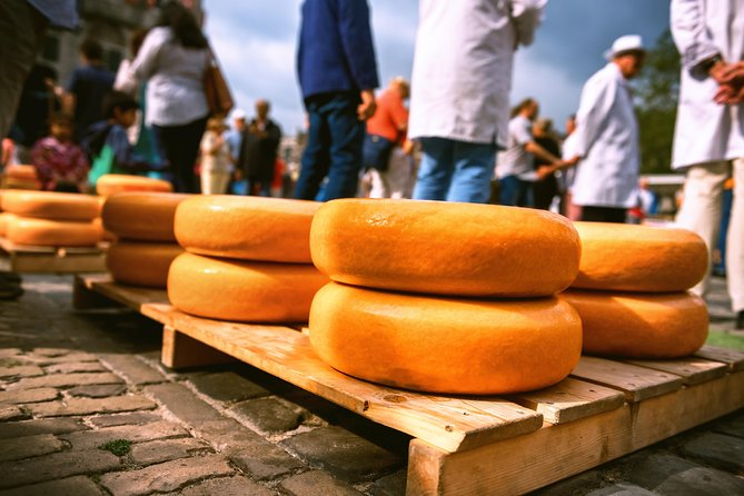 Charming Gouda Cheese Tasting Tour
