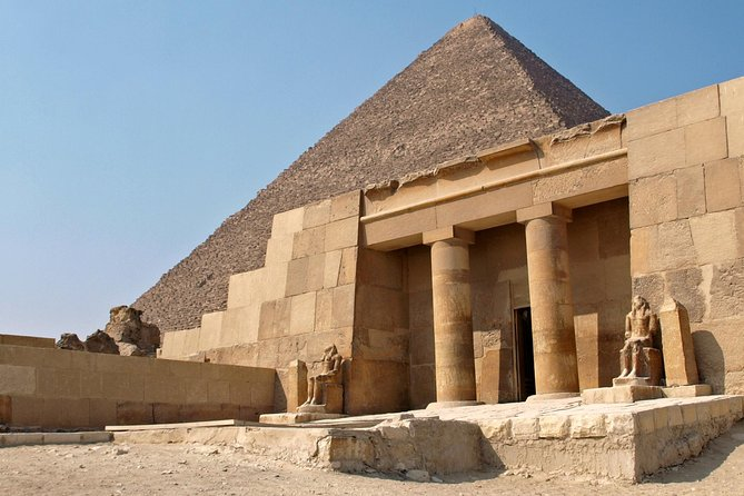 Full-Day Giza Pyramids and Cairo Egyptian Museum Private Tour