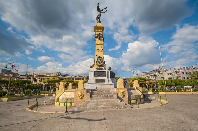 The Best of San Salvador: City and Volcano Tour 3