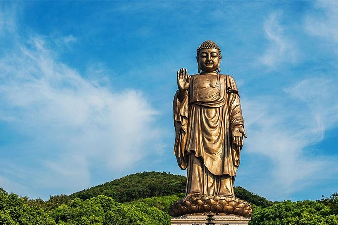 Wuxi Private Tour Featuring San'guo City, Lingshan Buddhist Scenic Spot and More