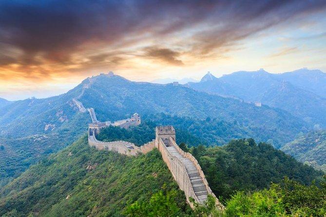 Excursión de senderismo a la Gran Muralla de Jinshanling para grupos pequeños