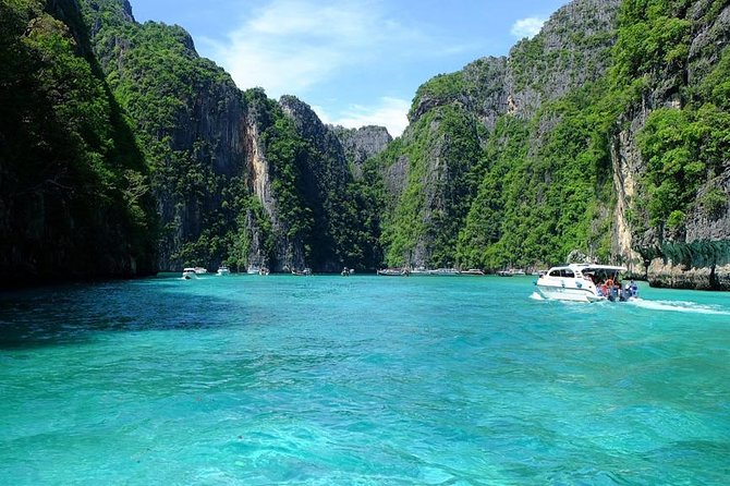 Phi Phi and Khai Islands Premium Service Trip By Sea Star Andaman From Khao Lak