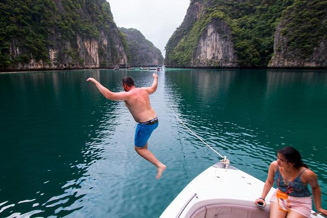 Phi Phi + 4 Islands Avoid the Crowds Tour From Krabi